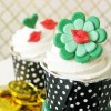 Kiss Me, I'm Irish! Fondant Cupcake Tutorial