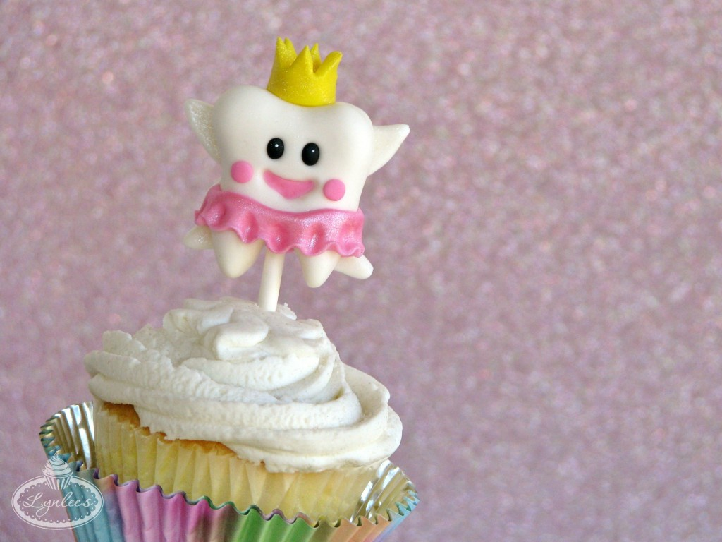 Tooth Fairy Fondant Cupcake Topper ~ Lynlee's