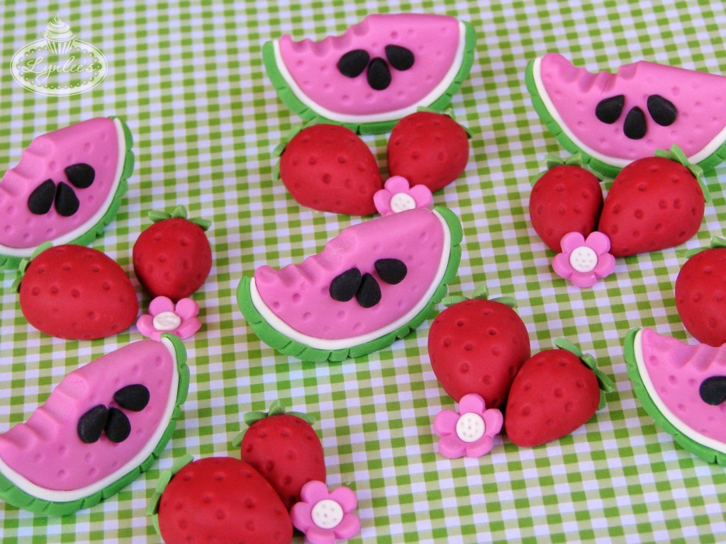 Watermelon & strawberries fondant toppers ~ Lynlee's