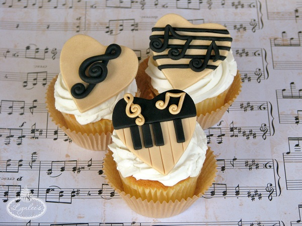 Musical Fondant Toppers