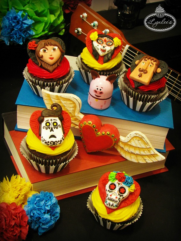 Book of Life/Day of the Dead cupcakes ~ Lynlee's