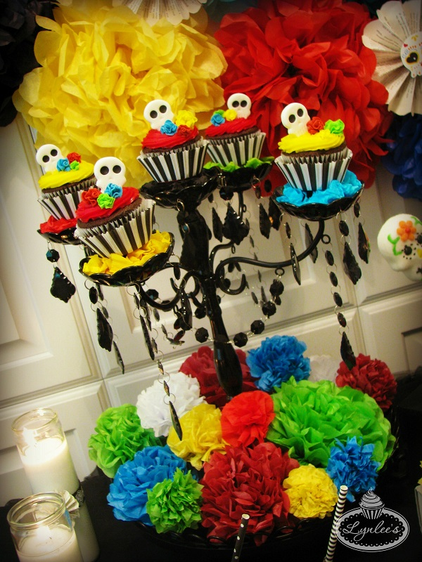 Day of the Dead cupcake display ~ Lynlee's