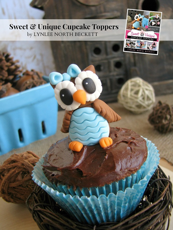 What a Hoot fondant tutorial from Sweet & Unique Cupcake Toppers