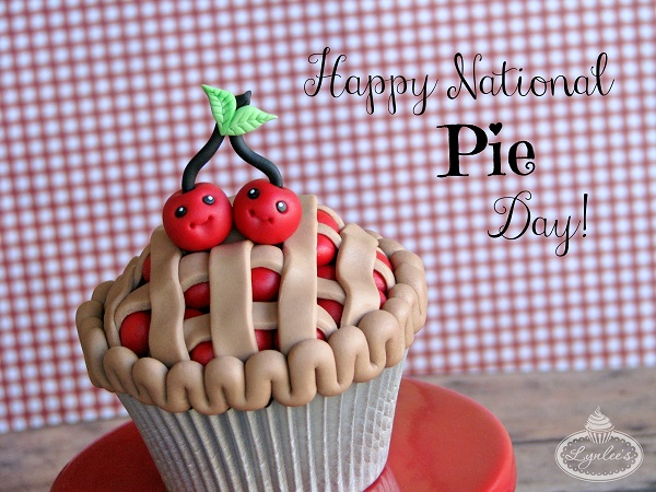 National Pie Day cupcake topper tutorial ~ Lynlee's
