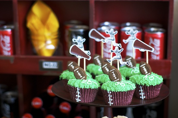 Home Bowl Football Cupcakes ~ Lynlee's