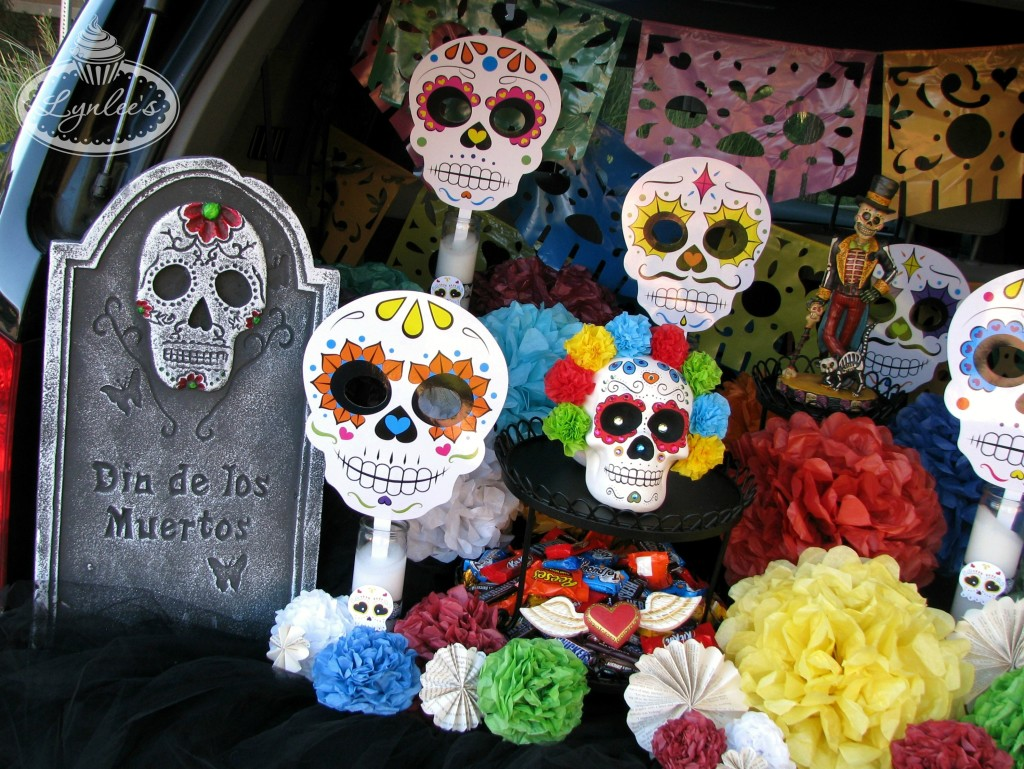 Day of the Dead car decor