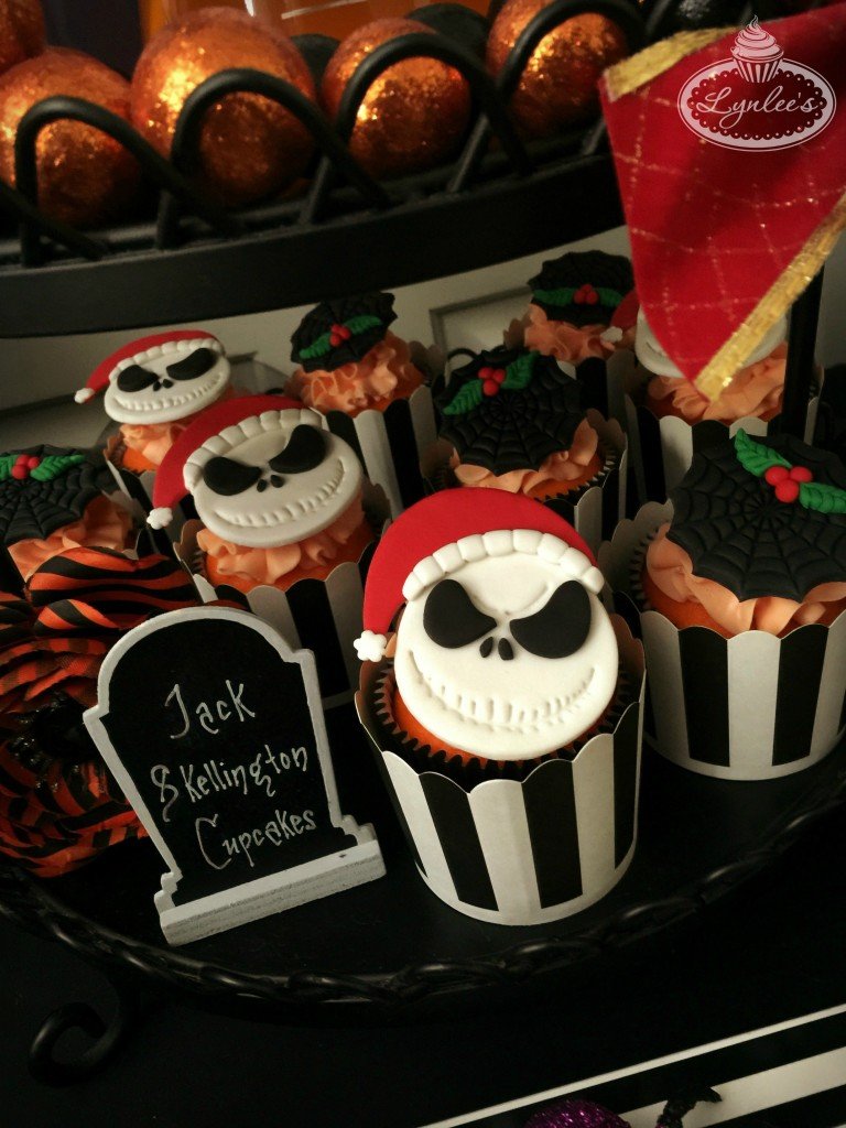 Nightmare Before Christmas party cupcakes ~ Lynlee's