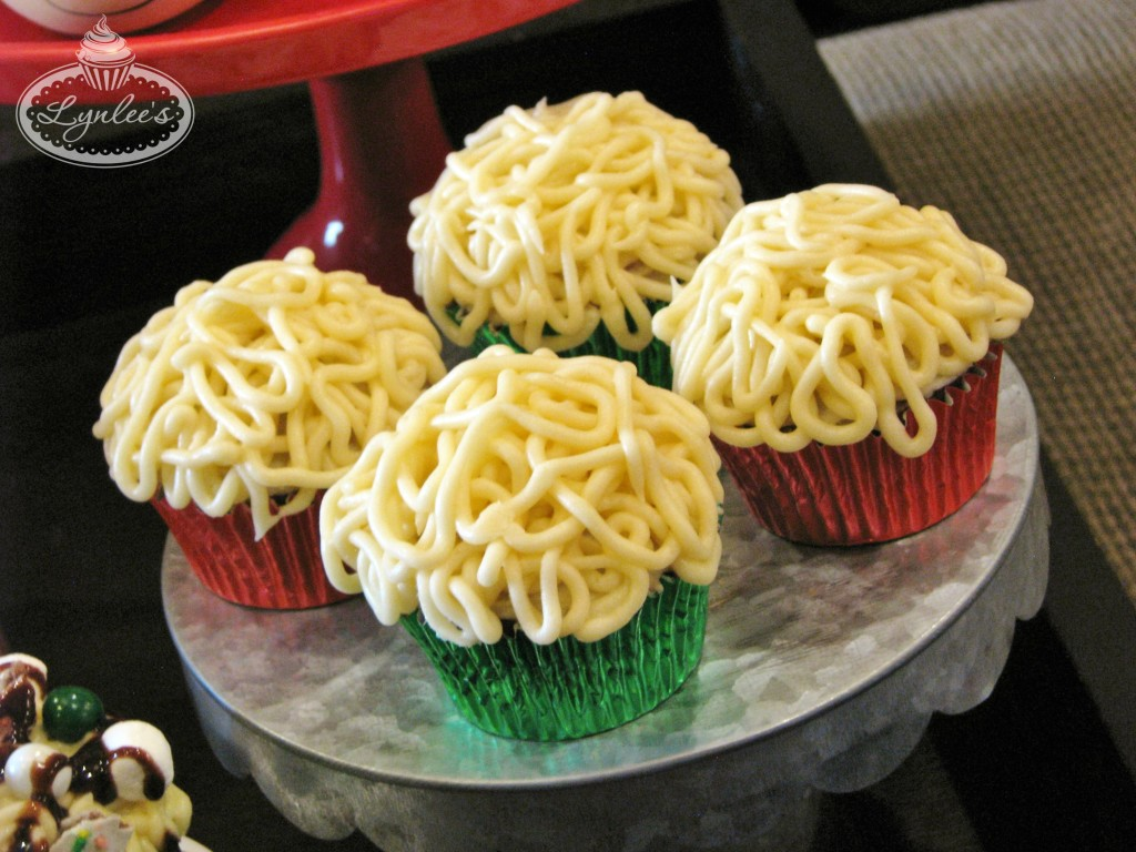 elf-movie-watch-party-spaghetti-frosting
