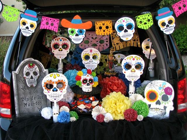 Dia de los Muertos trunk-or-treat